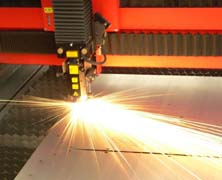 Maquina Laser para cortar acero